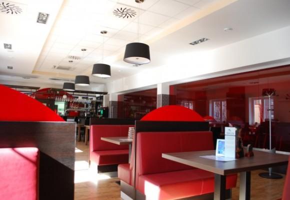penzion-mova-restaurant-bowling